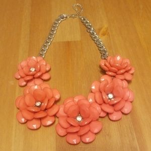 Floral coral (that rhymes lol) w stones necklace